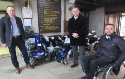 Vlada ZDK: Uručena ortopedska pomagala za 28 ratnih vojnih invalida