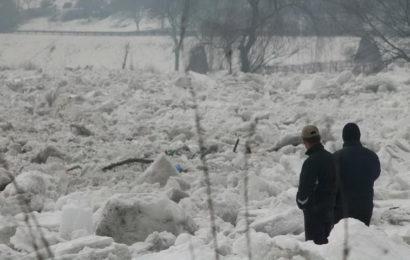 Nagomilavanje leda na rijeci Bosni