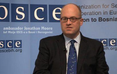 Šef misije OSCE-a u BiH Jonathan Moore u Banja Luci: Bosanski jezik postoji vijekovima