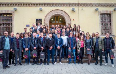 Maturanti gimnazije Rizah Odžečkić posjetili Visoku školu Algebra u Zagrebu