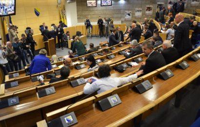 Parlament FBiH: Za PDA nepotrebna rasprava o rezervnoj policiji RS-a, Naša stranka i HDZ imaju isti stav