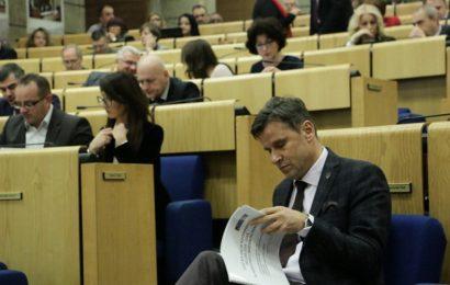 """Novalić: Zakon o uvezivanju radnog staža """"zapeo"""" zbog zahtjeva Udruženja poslodavaca"""