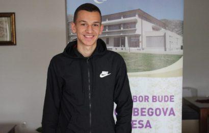 Zavidovićanin osvojio prvo mjesto na literarnom konkursu mostarske medrese