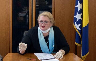 Turković: Medijske kritike nisu problem, ali jesu fake news